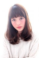 GARDEN羽田ひろむ 短め前髪カジュアルワンカールセミディ2015 トレンドヘア